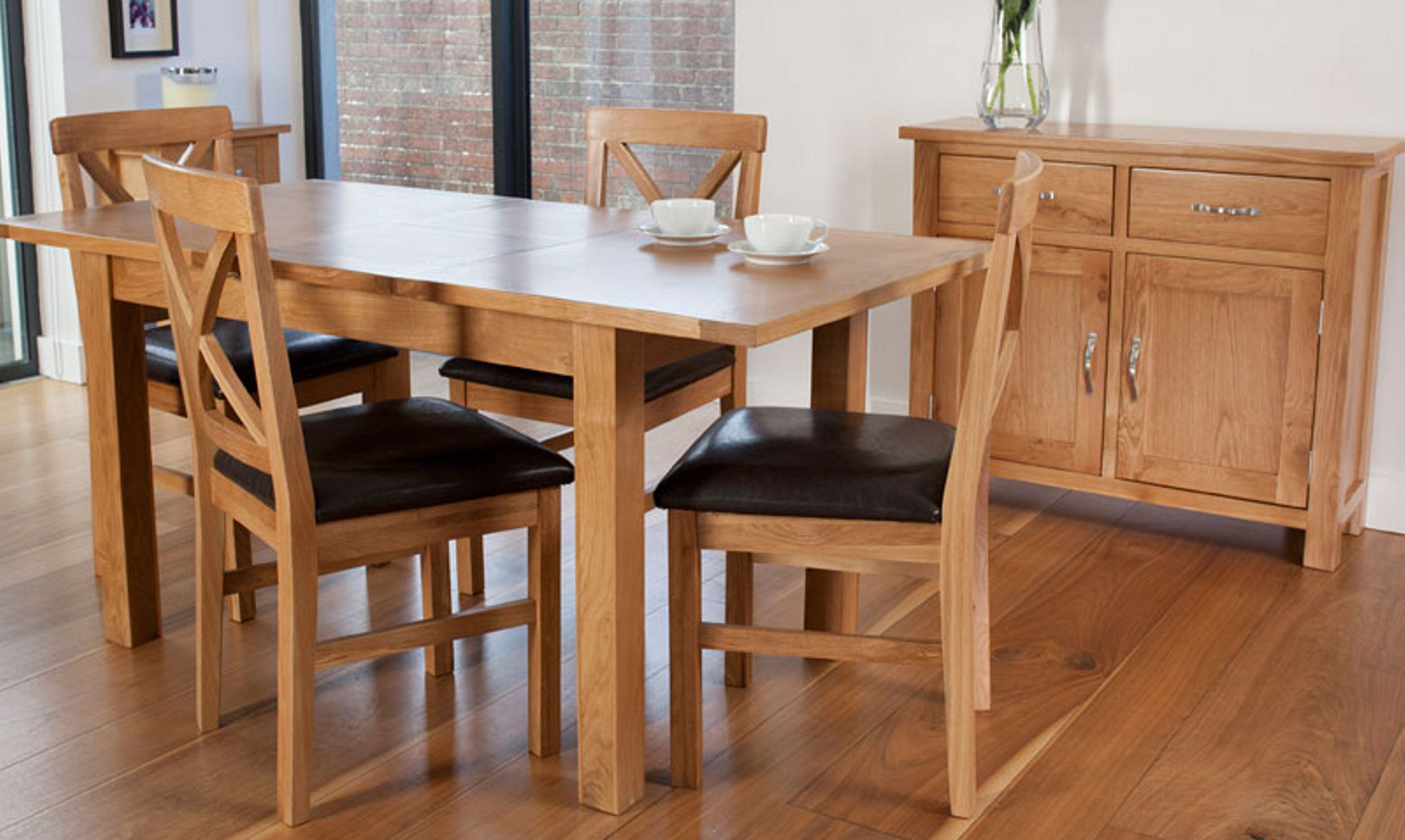 Arun Furnishers Ltd based in Littlehampton, West Sussex supply quality furniture for the home - dining romm and cabinets